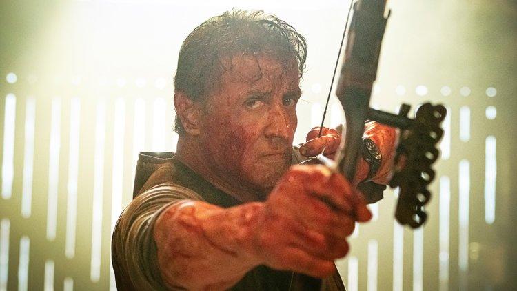 為求逼真《藍波:最後一滴血》席維斯史特龍臉上狂噴豬血!血腥暴力來真的首圖