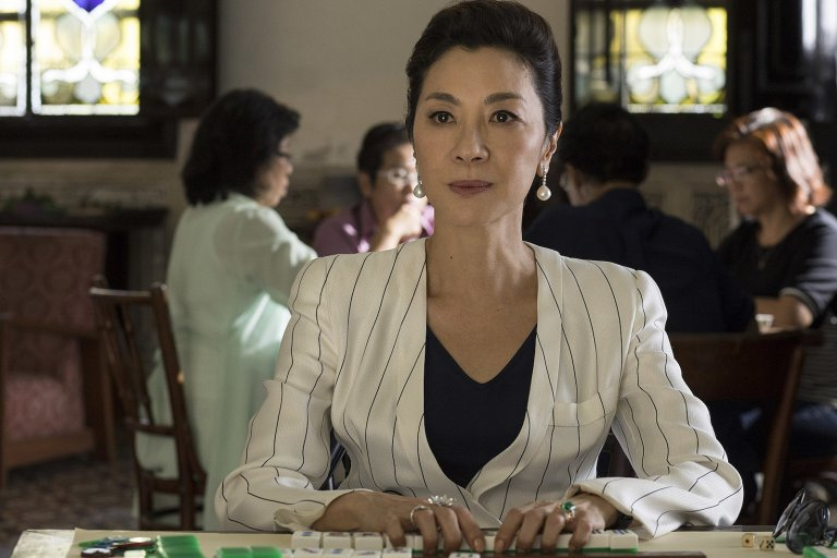 楊紫瓊(Michelle Yeoh) 在《瘋狂亞洲富豪》(Crazy Rich Asians) 裡飾演男主角媽媽的霸氣震攝全場。