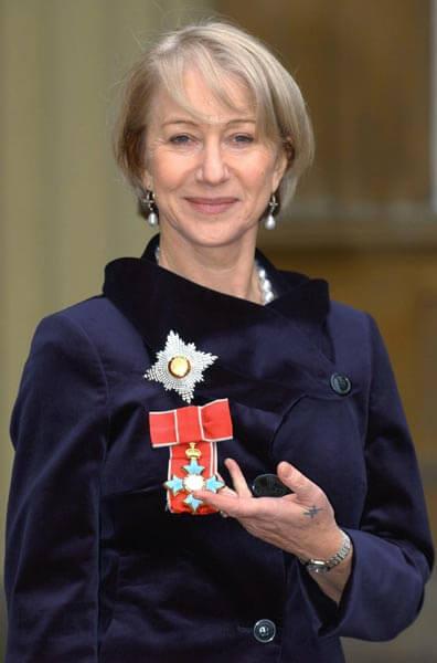 米蘭表示,她是為了已逝的雙親而接受爵位