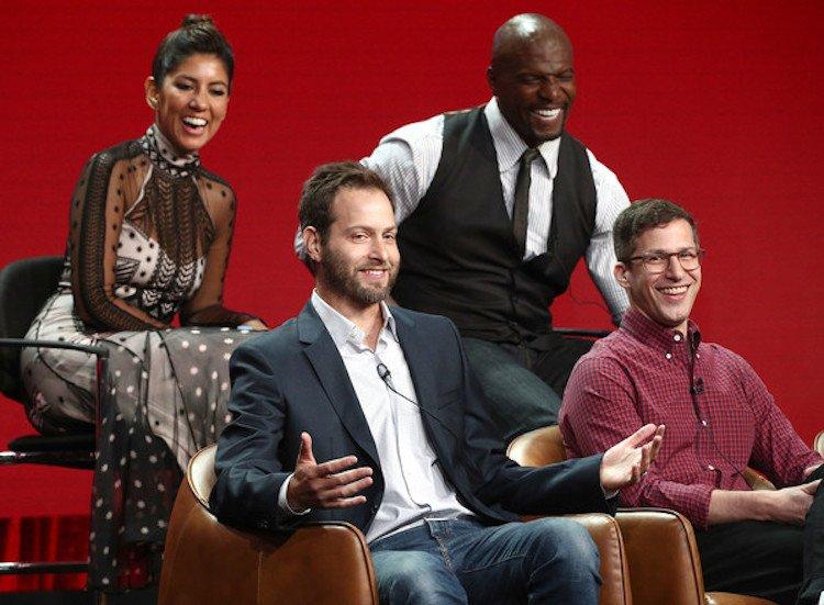 《荒唐分局》編劇丹戈爾(左下)將撰寫《金髮尤物3》劇本。