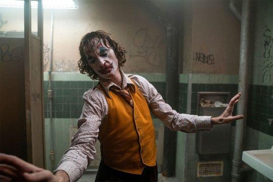 DC 以《小丑》(Joker) 突圍。