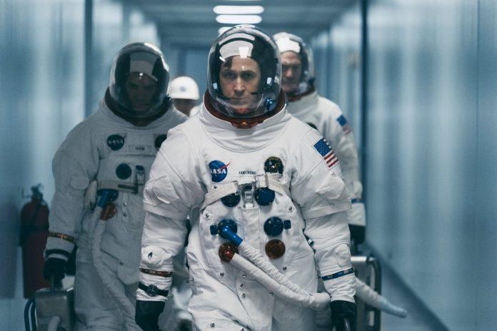 在科幻電影《登月先鋒》飾演太空人阿姆斯壯的雷恩葛斯林,即將改編小說《Project Hail Mary》推出電影並身兼監製與主演。