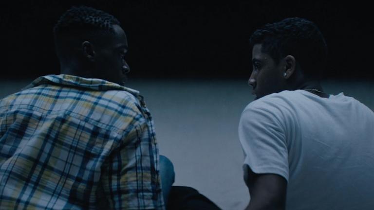 A24 於 2016 年推出的同志題材電影《月光下的藍色男孩》(Moonlight) 劇照,並一舉奪得 3 座奧斯卡小金人。