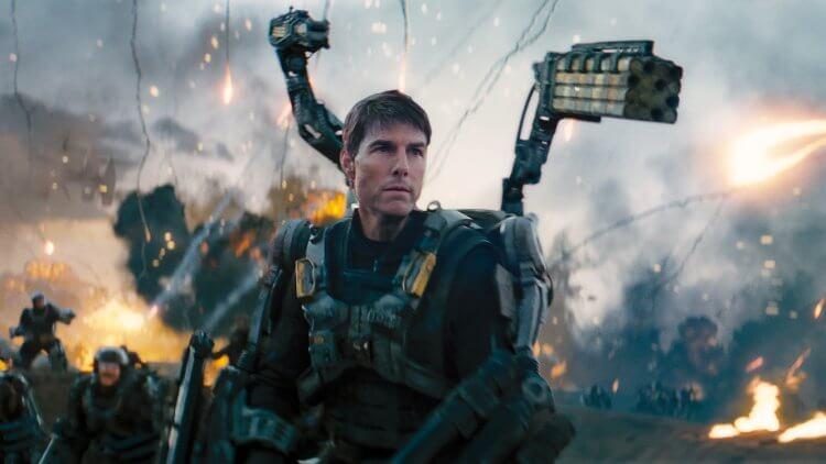 2014 年的電影《 明日邊界 》由阿湯哥 (Tom Cruise) 與 艾蜜莉布朗 (Emily Blunt) 主演。