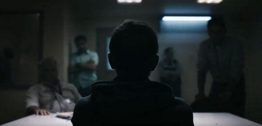 查爾斯貝克 (Charles Baker) 飾演「瘦子皮特」