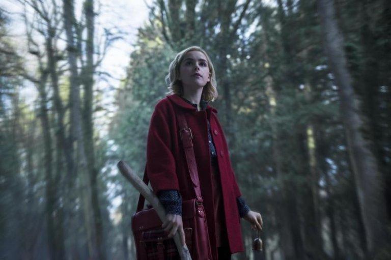 Netflix《莎賓娜的顫慄冒險》結合青少年和魔法元素,內容新奇有趣。