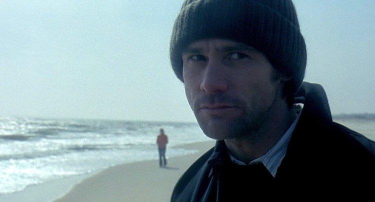 2004 年家金凱瑞主演電影《王牌冤家》。