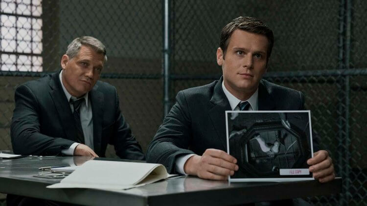 【Netflix】黑暗燒腦神劇《破案神探》第二季公開最新劇照 導演大衛芬奇表示:「這季關於 FBI 的進化」首圖