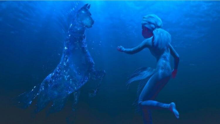 《冰雪奇緣 2》艾莎與水馬的場景。