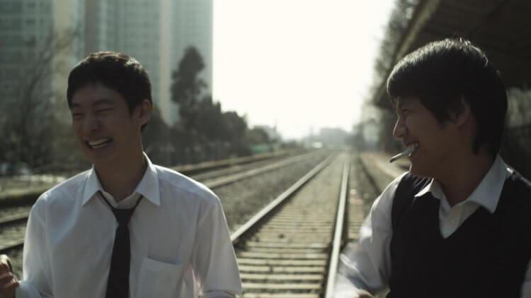 尹成賢執導的《那一夜,青春褪色》獲得許多影展的佳評。