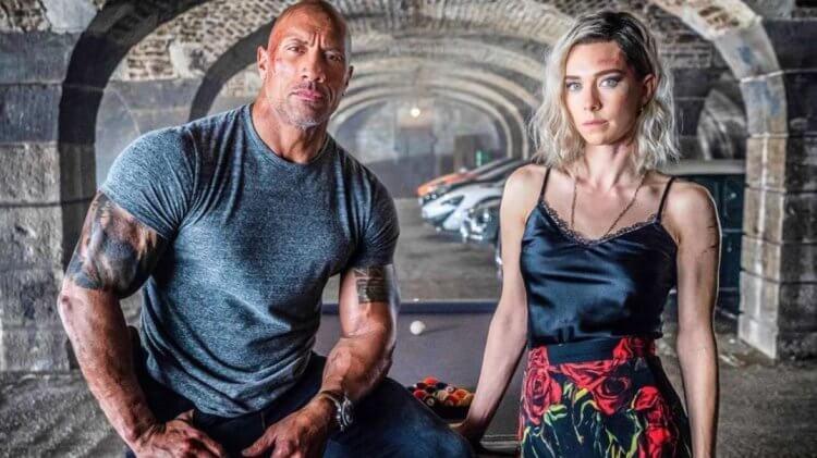 《玩命關頭:特別行動》的兩位主演巨石強森跟凡妮莎科比。