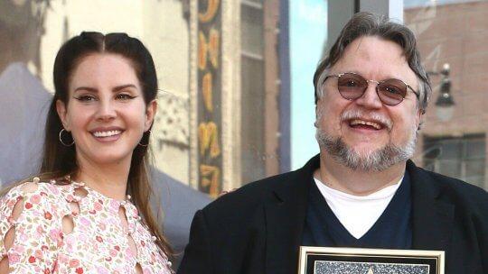 吉勒摩戴托羅獲得「星光大道」獎章。