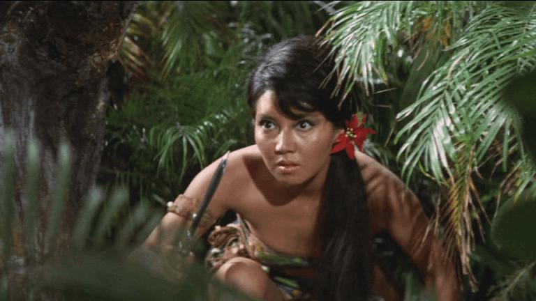 《哥吉拉・伊比拉・摩斯拉 南海大決鬥》之後,「某個」南洋島嶼的戲份大增。