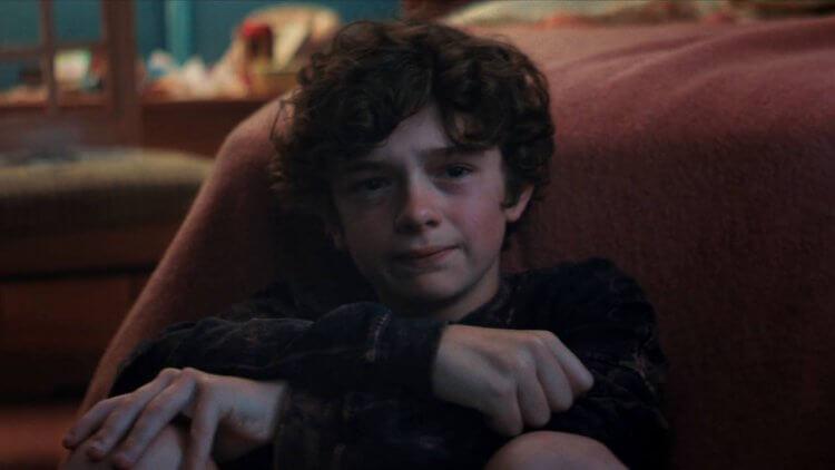 諾亞朱佩 (Noah Jupe) 在《我的寶貝男孩》中飾演片中年幼的奧提斯。