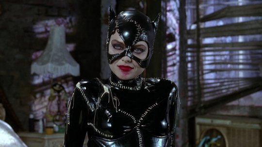 蜜雪兒菲佛 (Michelle Pfeiffer) 版本的貓女