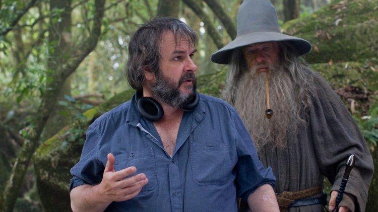《魔戒》三部曲導演彼得傑克森。