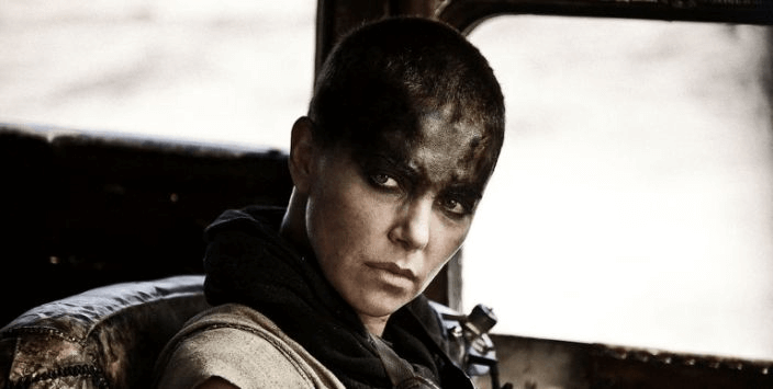 於《瘋狂麥斯:憤怒道》飾演主角芙麗歐莎的莎莉賽隆。