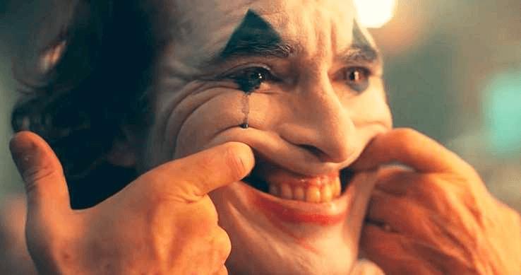 陶德菲利普斯執導、瓦昆菲尼克斯主演的《小丑》上映後票房超乎預期,得到觀眾青睞。