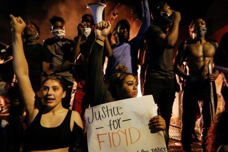 明尼蘇達抗議行動照片。