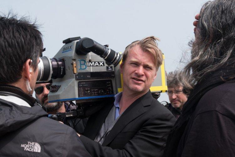 克里斯多福諾蘭導演的新作《天能》即將上映。