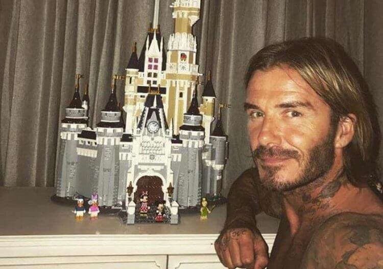 貝克漢用樂高積木蓋起迪士尼城堡,說要送給女兒。