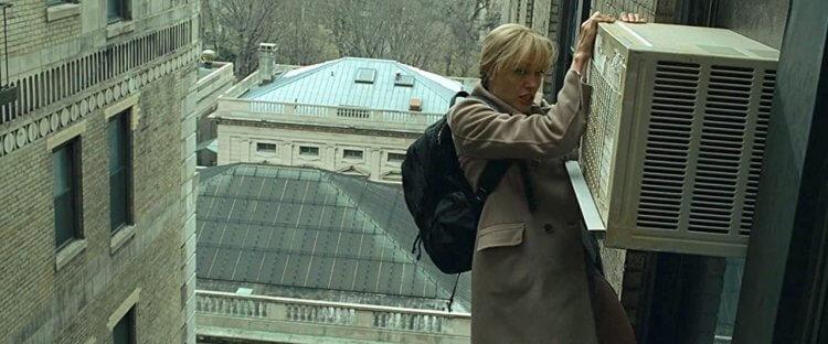 《特務間諜》安潔莉娜裘莉。