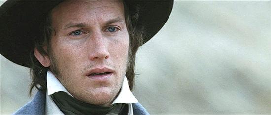 《圍城 13 天:阿拉莫戰役》是派翠克威爾森身為電影演員的早期作品。