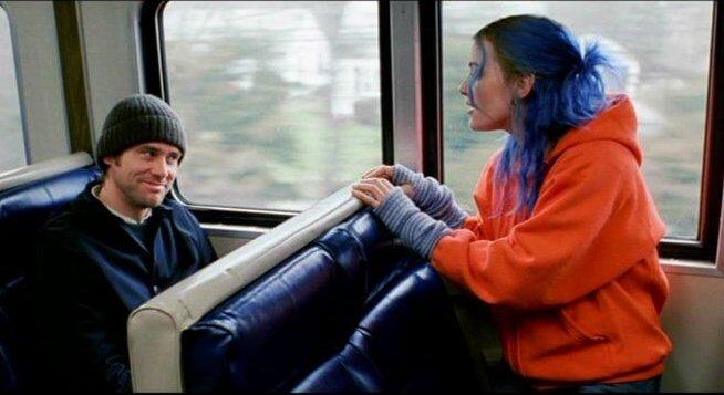 2004 年電影《王牌冤家》金凱瑞、凱特溫絲蕾。