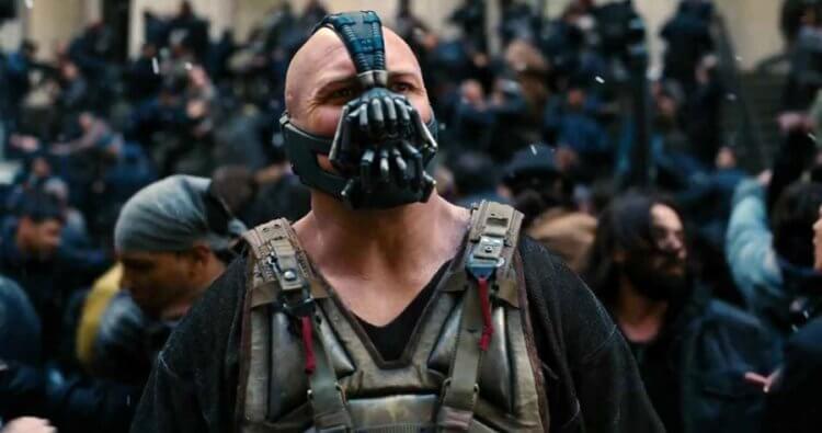 諾蘭導演電影《黑暗騎士:黎明昇起》湯姆哈迪。