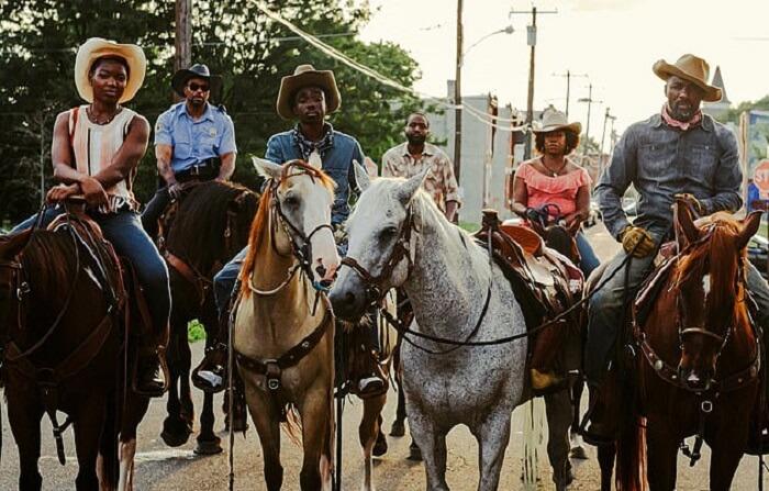 取材真實事件小說改編電影《Concrete Cowboy》將推上 Netflix 播映。