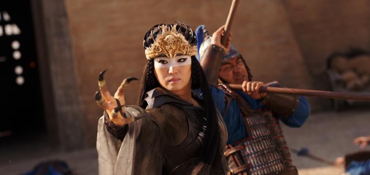 《花木蘭》鞏俐飾演主要反派「仙狼」。