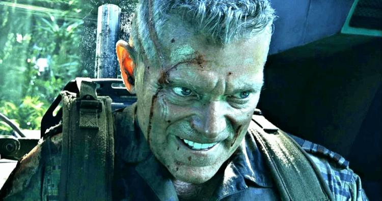 史帝芬朗因在詹姆斯卡麥隆《阿凡達》中飾演邁爾斯柯邁斯上校而聞名。