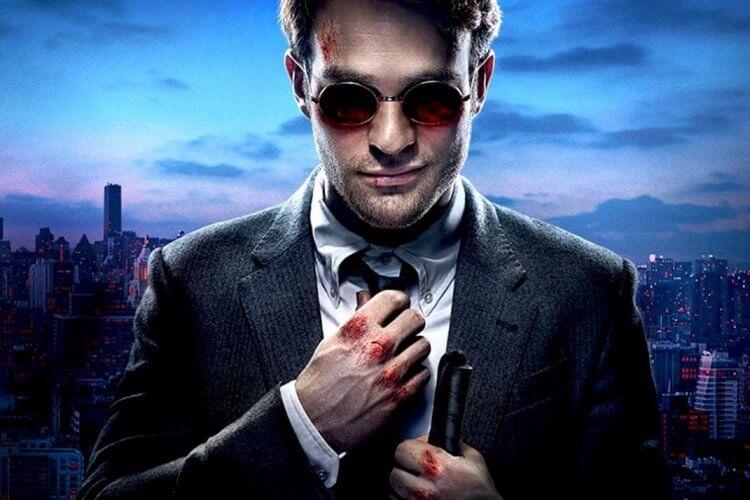 Netflix 影集《夜魔俠》主演查理考克斯。