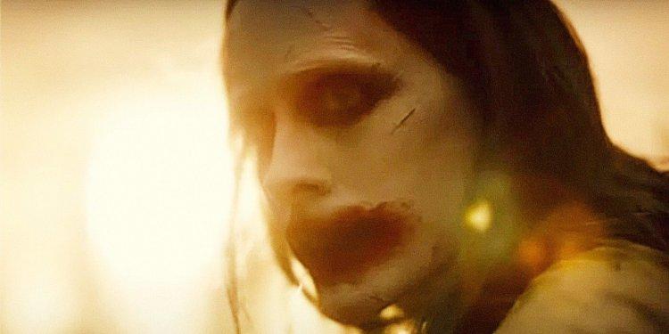 《查克史奈德之正義聯盟》中,傑瑞德雷托最新的小丑造型。