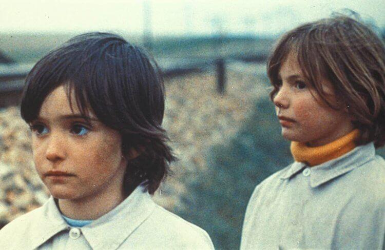 《蜂巢的幽靈》:安娜(左)與伊莎貝。