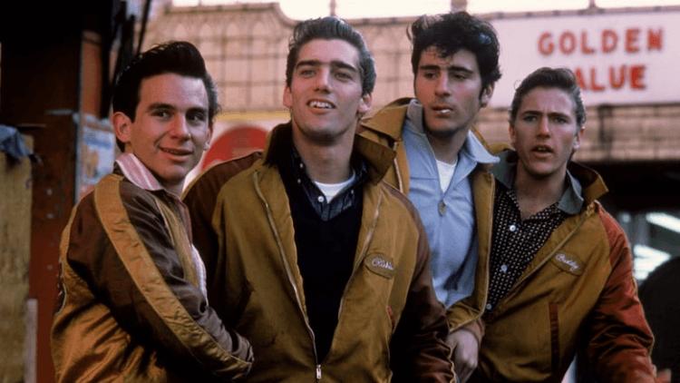 菲力普考夫曼執導的街頭幫派電影《火拼戰車》。