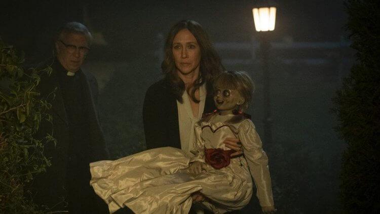 《安娜貝爾回家囉》電影劇照。