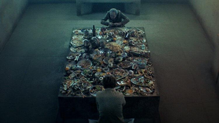《絕命大平台》電影劇照。