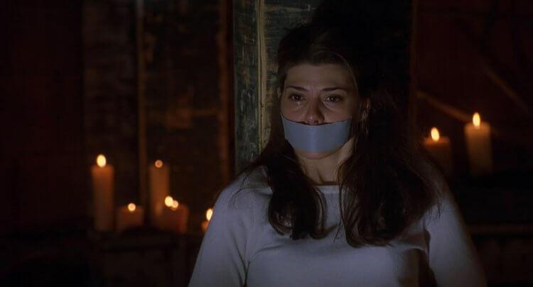 《兇手正在看著你》瑪麗莎托梅。