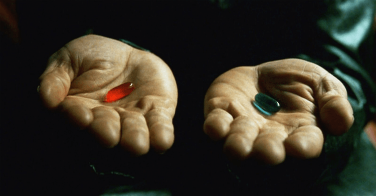 華卓斯基姊妹過去曾執導的電影《駭客任務》中,引人深思的藥丸。