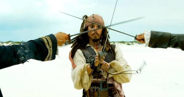強尼戴普《神鬼奇航》電影中的鬥劍戲也出自好萊塢劍神鮑勃安德森。