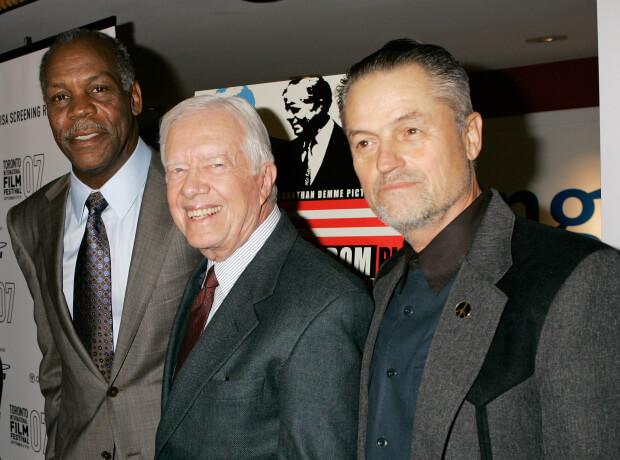 丹尼葛洛佛與德米(右),中為前美國總統卡特。