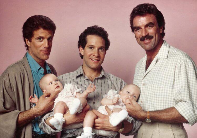 《三個奶爸一個娃》……事實上是兩個娃。