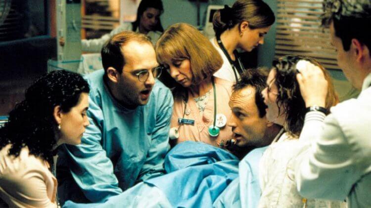 影集《急診室的春天》劇照。