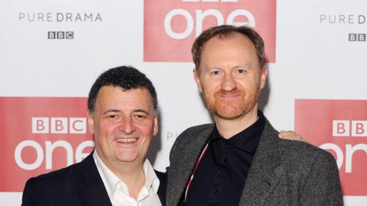 史蒂芬莫法特(左)與馬克加蒂斯。