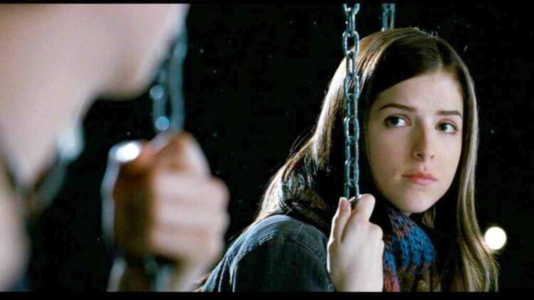 邪典電影《歪小子史考特》安娜坎卓克劇照。