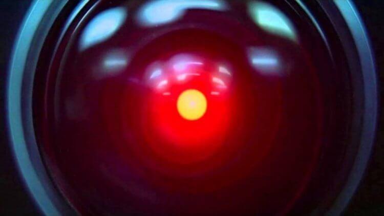 《2001:太空漫遊》哈爾 9000。