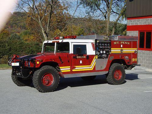 詹姆斯卡麥隆擁有的消防車。