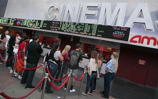串流平台比起好萊塢院線電影,有「永不下片」的優勢。