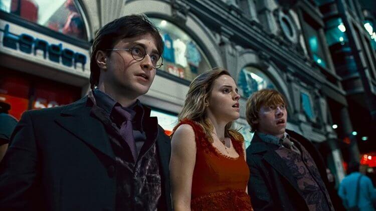 《哈利波特:死神的聖物》丹尼爾雷德克里夫(左)。